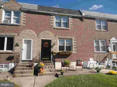 295 N Bishop Ave Clifton Heights Three BR, Great Brick Row w/