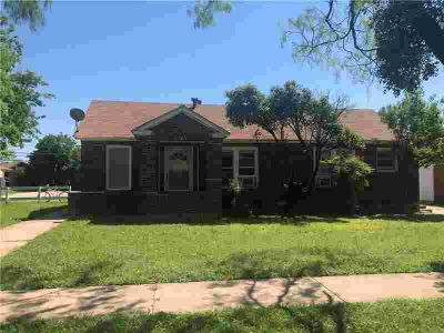 565 E North 16th Street Abilene Eight BR, Great investment