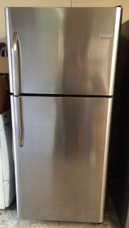 Frigidaire 20cu.ft Top Freezer Refrigerator in Stainless Steel