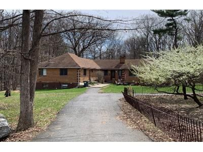 3 Bed 2 Bath Preforeclosure Property in Milford, PA 18337 - Aspen Dr