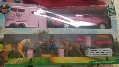 Country Life Pickup & Trailer, Horse & Accessories