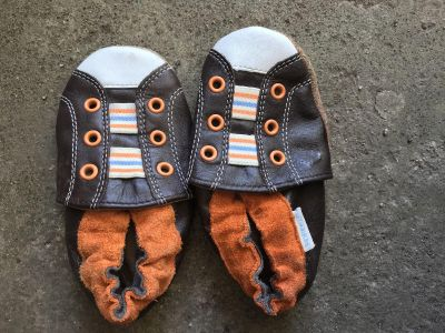 Robeez shoes. Size 6-12 months. Great condition. Almost never used. Not smoking home.