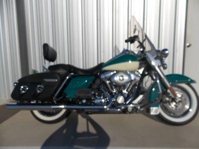 2009 Harley-Davidson Road King Classic Touring Motorcycles Springtown, TX