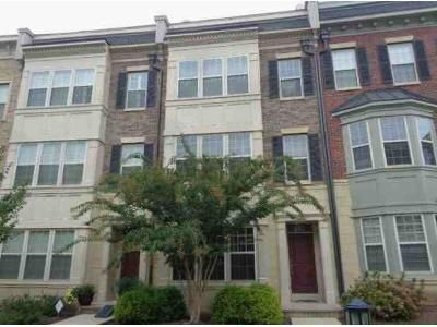 4 Bed 4.5 Bath Foreclosure Property in Oxon Hill, MD 20745 - River Mist Dr