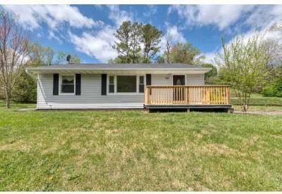 316 Cedar Valley Road BRISTOL Three BR, Great one level home in