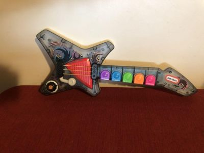 Guitar with lights and music
