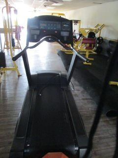 Life Fitness 9500HR Treadmill RTR#7073241-01,03