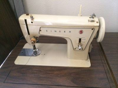 Singer Model 238 fully functional vintage sewing machine With hutch
