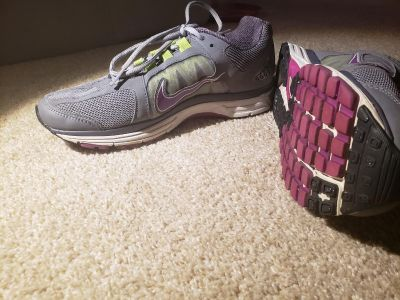 Nike Zoom Vomero+ 7 Women's Athletic Shoes