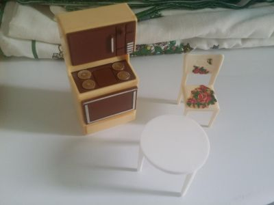 Vintage Dollhouse Kitchen Furniture - Stove Table Chair