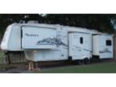 Used 2006 Keystone Montana For Sale