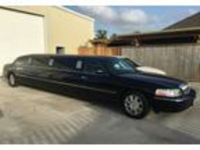 2009 Lincoln Town-Car Luxury in La Marque, TX