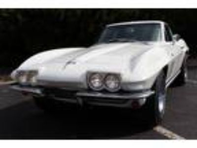 1965 Chevrolet Corvette Stingray Coupe 327-300Hp