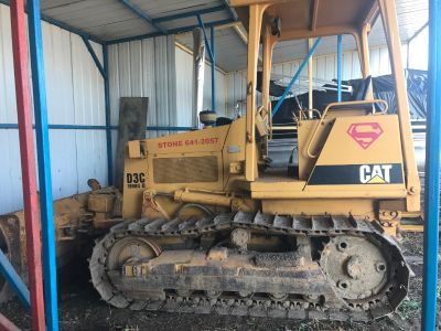 1990 Caterpillar D3C Series 2