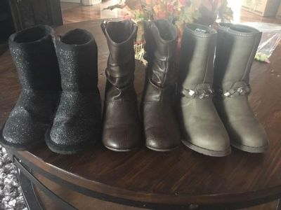Girls Size 10 winter boots!