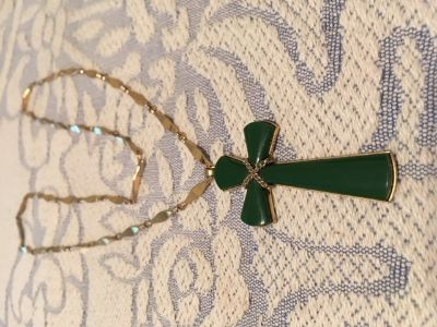 Cross Vintage Jade Large Gold back and Accents Large Vintage Chain Guys or Gals