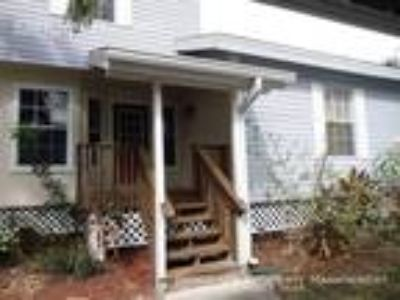 Two BR One BA In Fort Myers FL 33908