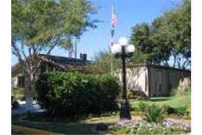 Spacious cottages and townhouses nestled throughout 15 acres.