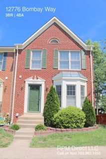 STUNNING 3 LEVEL TOWNHOUSE CLOSE TO MAJOR ROUTES