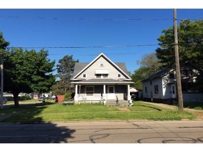 3 Bed 2 Bath Foreclosure Property in Rockford, IL 61104 - 9th St