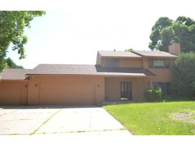 4 Bed 2.5 Bath Preforeclosure Property in Faribault, MN 55021 - 22nd Ave NW