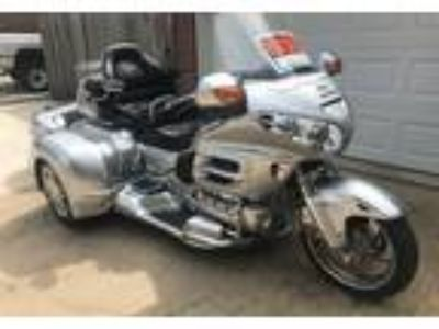 2005 Honda GL1800-Goldwing-Trike Touring in Belton, TX