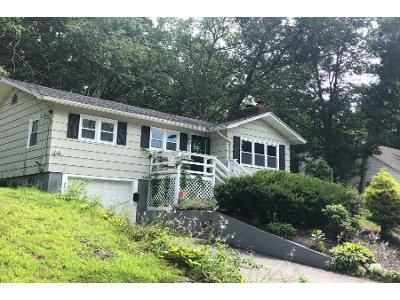 3 Bed 1.5 Bath Foreclosure Property in Manchester, NH 03104 - Pickering St