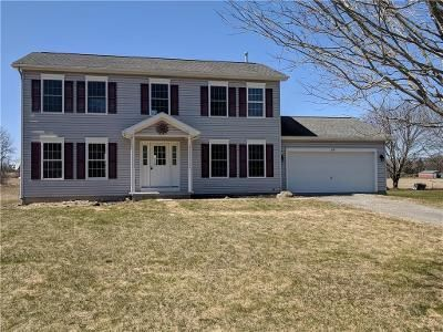 3 Bed 2.5 Bath Foreclosure Property in Le Roy, NY 14482 - Linwood Rd
