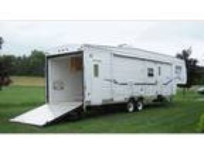 2003 Dutchman Toy Hauler M-355SRV-HS SLIDE