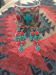 Statement earrings red/turquoise