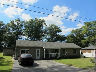 2 Bed 2 Bath Preforeclosure Property in Portage, IN 46368 - Hickory St