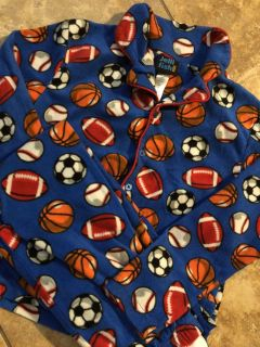 Boys 2pc Sports Pj s Top With Matching Pants. Like New Condition. Size 8