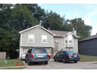 3 Bed 2 Bath Foreclosure Property in Kansas City, MO 64119 - N Richmond Ave