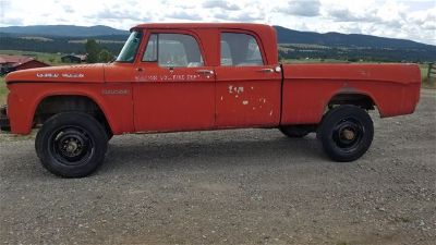 1964 Dodge W200 Power Wagon