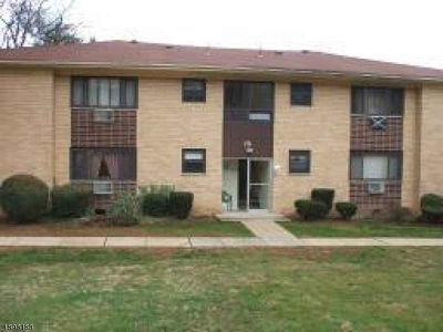 401 Hwy 22 - 36c North Plainfield, Bright first floor One BR