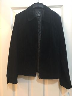 NWT Suede Leather Jacket! Just been hanging in my closet. SZ M