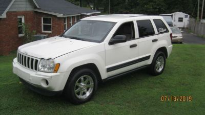 2006 Jeep Grand Cherokee Laredo (WHI)