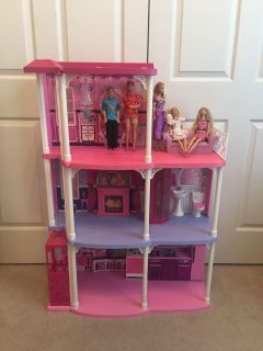 Barbie Dream House with Elevator & 5 Barbies & MoreGift Giving Condition