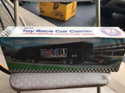 In BOX Mobil Toy Race Car Carrier