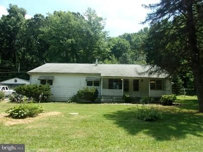 3 Bed 1.5 Bath Foreclosure Property in Red Lion, PA 17356 - Burkholder Rd