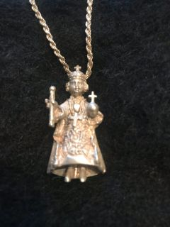 St Nino ( baby Jesus ) Sterling Silver necklace 2D
