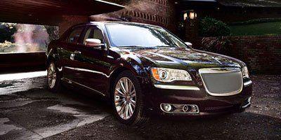 2013 Chrysler 300 C Luxury Series (Bright White)