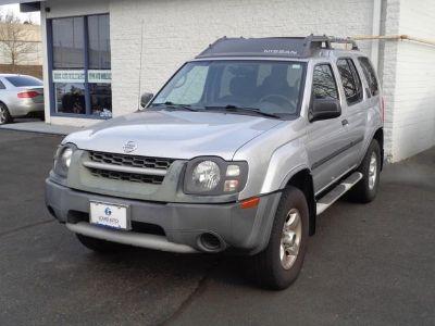 2004 Nissan Xterra XE (Silver Lightning Metallic)