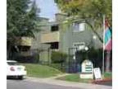 3bed2bath In Citrus Heights Pool Gym Parking