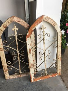 ARCHITECTURAL ARCH PIECES METAL AND WOOD DECOR