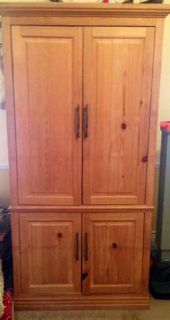 Armoire - Wood