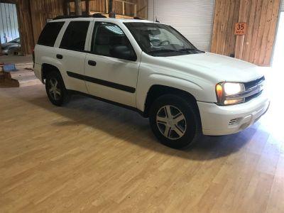 2005 Chevrolet Trailblazer LS (White)