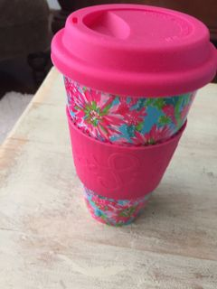 New never used LILLY PULITZER Ceramic travel mug with removable grip