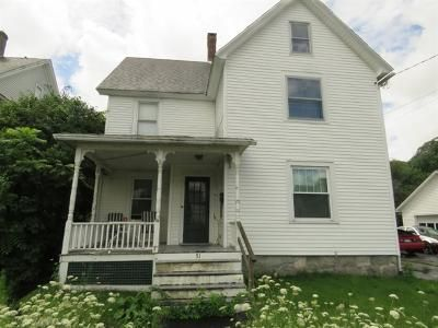 4 Bed 1.5 Bath Foreclosure Property in Winsted, CT 06098 - Upson Ave