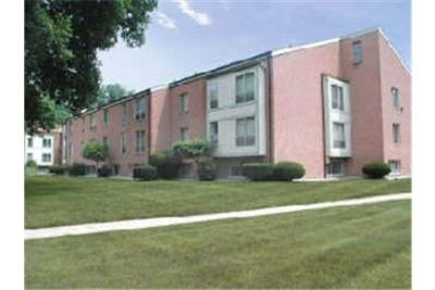 Apartment for rent in Clinton Township.
